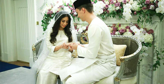 Johor Princess Wears Wedding Dress Woven by Convict, Netizens Surprised - World Of Buzz