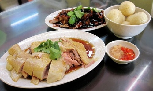 Have You Ever Wondered About The Origins Of Melaka's Chicken Rice Balls? - World Of Buzz