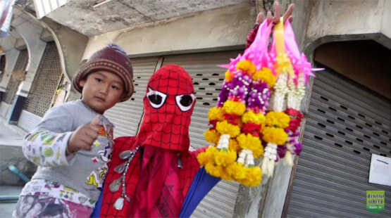 """""""spider-Man"""" Seen Rushing To Help Motorcyclist Injured In Accident - World Of Buzz 3"""