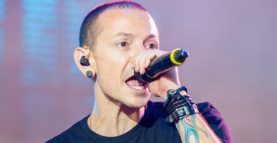 Wife Reveals Video Footage of Chester Bennington That's Taken Just Hours Before His Death - WORLD OF BUZZ 3