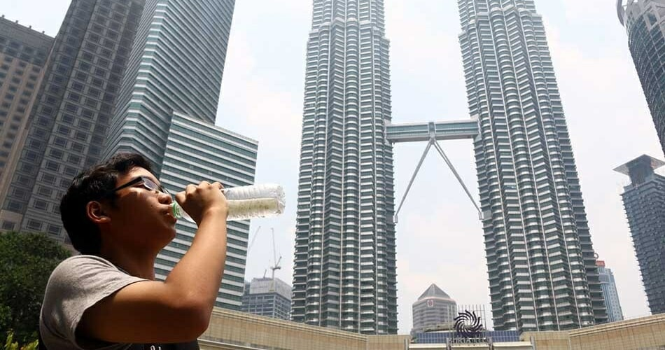 Malaysia Won't Be Experiencing Heatwave For Next 5 Days, Experts Say - World Of Buzz 2