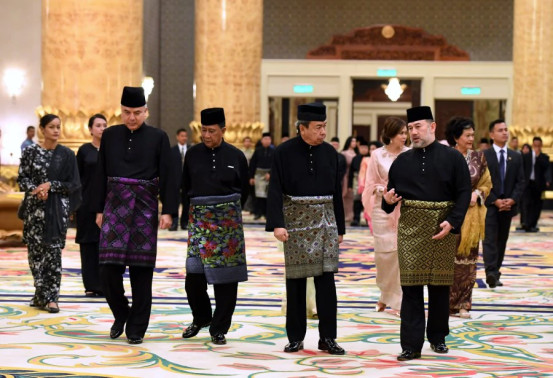 Malaysian Sultans Want The Rakyat to be United and Harmonious - WORLD OF BUZZ 1
