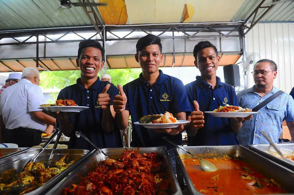 Malaysians Can Enjoy 3 Years Of Free Food Every Day At This Restaurant - World Of Buzz 8
