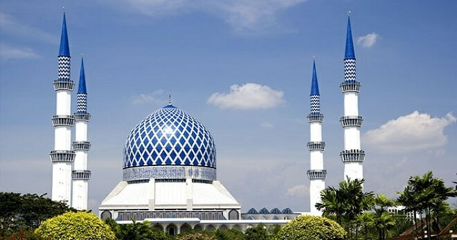 Selangor Sultan Orders No More Loudspeakers To Be Used For Mosque Lectures - World Of Buzz 1