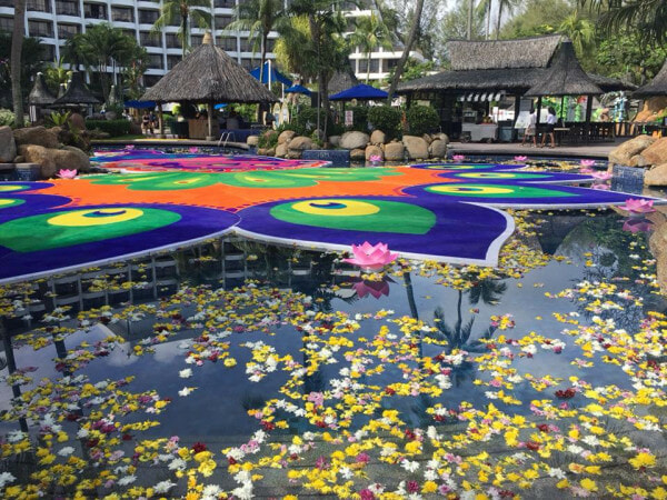 This 'Floating Festive Kolam' Just Made It into The Book of Records, Netizens Amazed - WORLD OF BUZZ 1