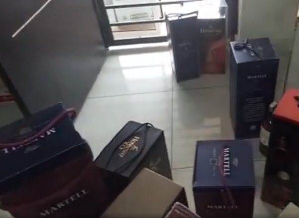 1,942 Boxes of Fake Alcohol Using Used Bottles from Famous Brands Seized at Kajang House - WORLD OF BUZZ 2