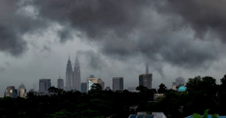 Met Malaysia Announces Monsoon Season Starting on 13 Nov Until March 2018 - WORLD OF BUZZ 3