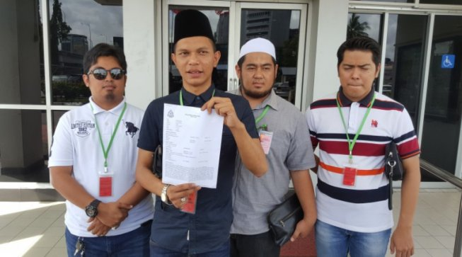 Sabah NGOs Object Strongly Against Homosexuality, Lodge Police Report Against Viral Gay Couple - WORLD OF BUZZ