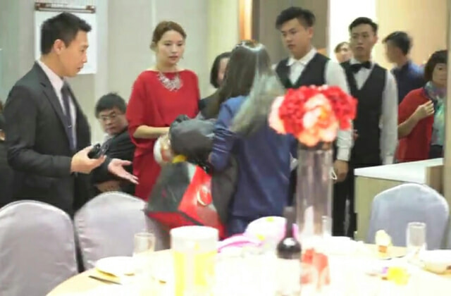 Woman Tries to Crash Wedding for Free Meal, Causes a Scene When She Gets Kicked Out - WORLD OF BUZZ 2