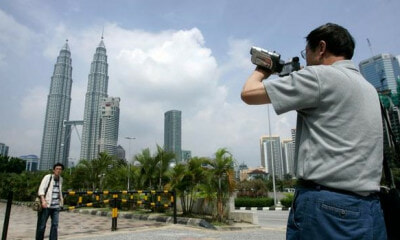 Malaysia Might Have Lost Over 300,000 Tourists in 2017 Due to Tourism Tax - WORLD OF BUZZ 2