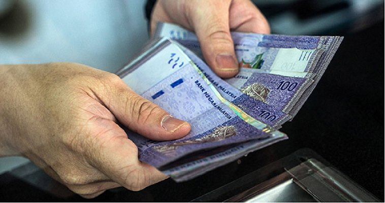 M'sian Parents Ranked 4th Highest Globally for Financially Supporting Over-18 Kids - WORLD OF BUZZ 5