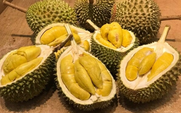 Malaysians Should Never Ever Pair Durian With Alcohol, Here's Why - WORLD OF BUZZ 1