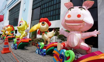 These Pig and Dog Lanterns in Central Market KL Show True Malaysian Spirit! - WORLD OF BUZZ 4