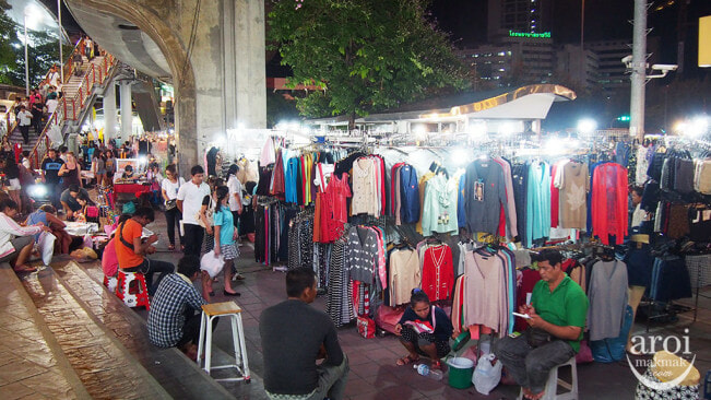 XX Awesome Night Markets in Bangkok You Must Visit for A Complete Experience - WORLD OF BUZZ 9