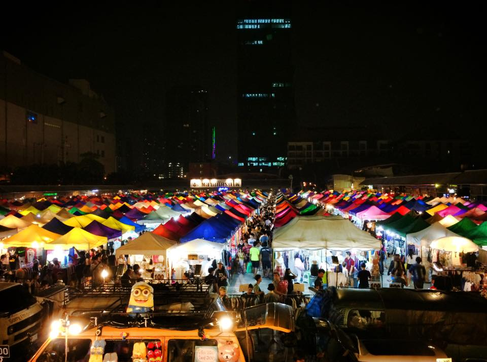 XX Awesome Night Markets in Bangkok You Must Visit for A Complete Experience - WORLD OF BUZZ 1