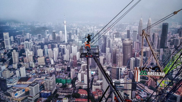 This Malaysian Photographer Just Climbed The Exchange 106 And Took Stunning Shots - WORLD OF BUZZ 5