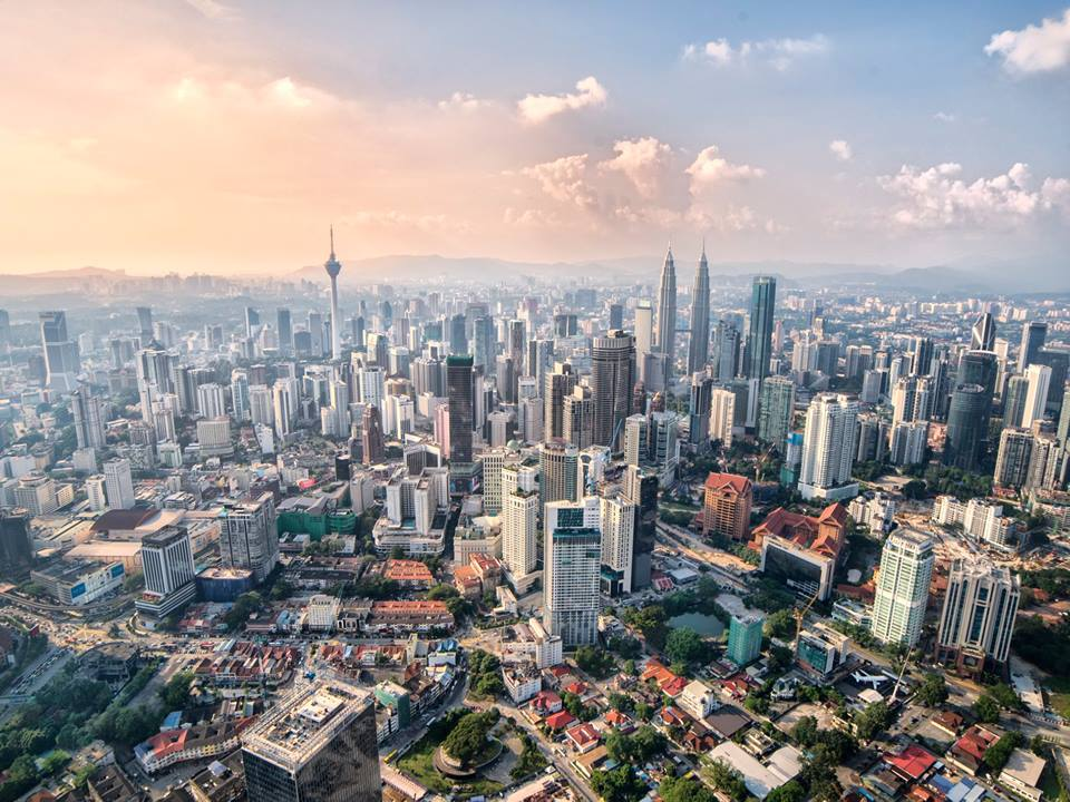 This Malaysian Photographer Just Climbed The Exchange 106 And Took Stunning Shots - WORLD OF BUZZ