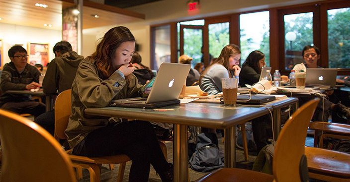 """Can Cafes in Malaysia """"Halau"""" People Who Are Hogging Tables To Work or Study? - WORLD OF BUZZ"""
