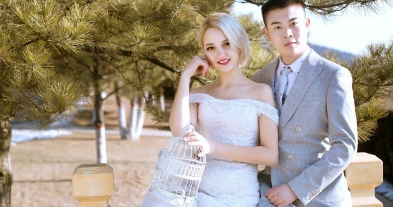 Netizens Jealous as Pretty Ukrainian Girl Marries Chinese Man Out of Love, Not Money - WORLD OF BUZZ