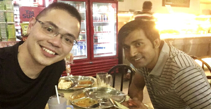 Pakistani Guy's Wallet Stolen, Kind-Hearted M'sian Buys Him Dinner and Sends Him to Work - WORLD OF BUZZ
