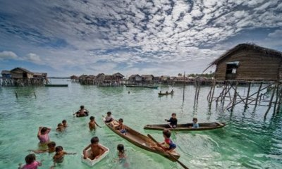 American Researchers Prove Bajau People Evolved to Survive Longer Underwater - WORLD OF BUZZ 2