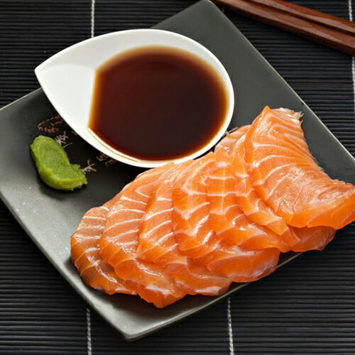 Love Salmon Sashimi? Here Are 4 Simple Ways To Know If It is Actually Fresh or Not - WORLD OF BUZZ 1