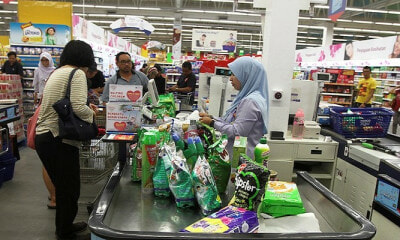 Merchants in KL Are Not Allowed to Charge Customers For Biodegradable Plastic Bags - WORLD OF BUZZ 1