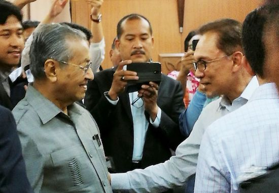 Anwar In Hospital, Watching Swearing-In Of New PM - WORLD OF BUZZ