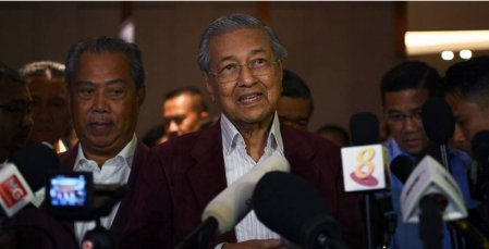 Dr. M: I believe that some 'hanky panky' is going on - WORLD OF BUZZ
