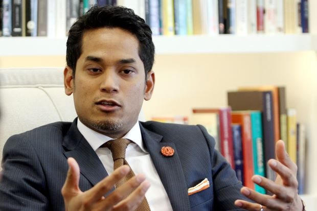 Gracious Interaction Between Syed Saddiq and KJ Are the Politics That M'sia Needs - WORLD OF BUZZ 2