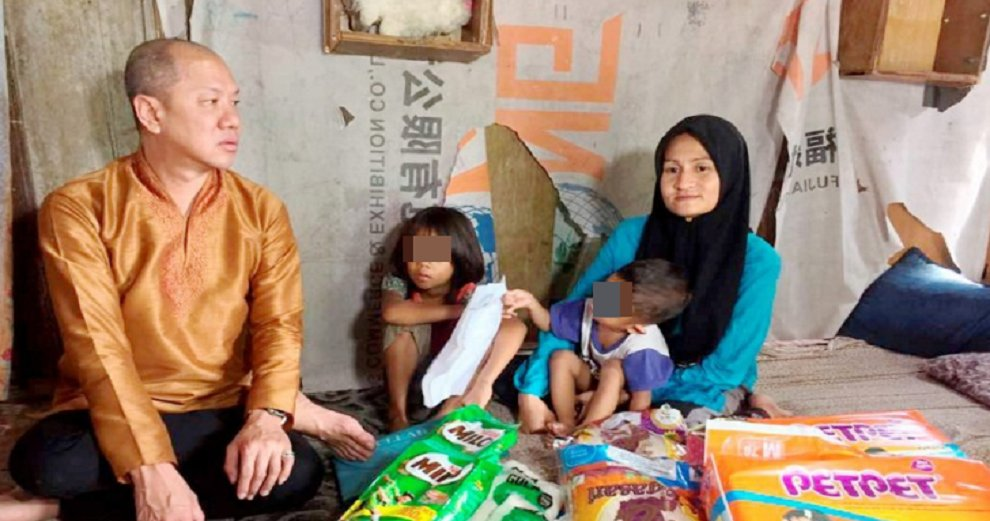 Datuk Seri Makes Generous Donation to Single Mother Of Six After Reading About Her Struggle - WORLD OF BUZZ 4