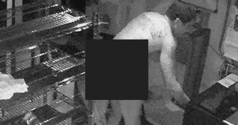 Man Breaks Into House ONLY in Underwear in First Attempts to Rob House - WORLD OF BUZZ