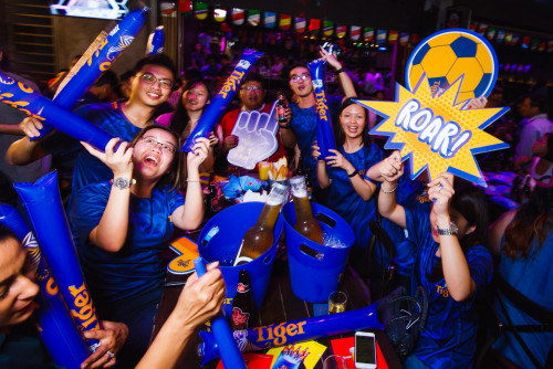 [TEST] The Ultimate Malaysian Survival Guide to Watching the World Cup - WORLD OF BUZZ 1