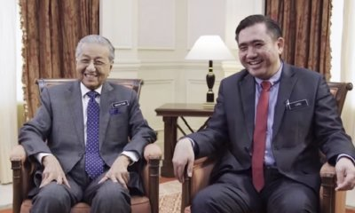[Watch] Mahathir and Anthony's Hari Raya Road Safety Video That'll Make You Smile - WORLD OF BUZZ 7