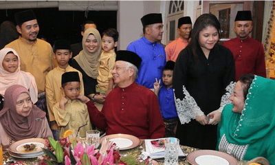 Najib Razak: When I Was PM, I Made Promises That The Government Could Fulfil - WORLD OF BUZZ 2