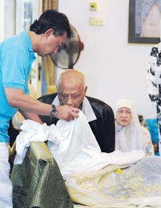 stabbed malaysian princess - WORLD OF BUZZ 3