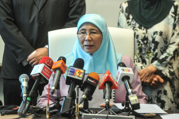 "Wan Azizah: ""Putrajaya is Powerless to Nullify Kelantan Child Marriage"" - WORLD OF BUZZ"