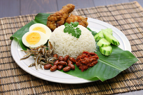 Here's How Nasi Lemak Was Created and Why M'sians Eat It for Breakfast - WORLD OF BUZZ 3