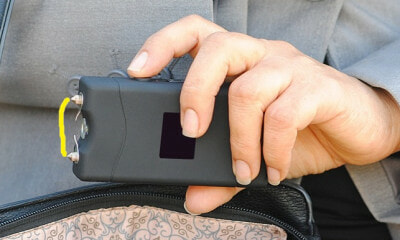 Man Uses Stun Gun On Woman Who Rejected His Love - WORLD OF BUZZ
