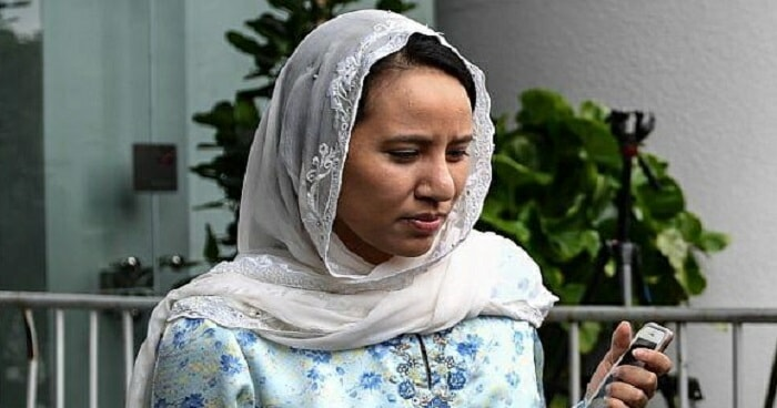 Najib's Daughter is Worried That He Will Spend Another Night in Detention Due to Evening Court Hearing - WORLD OF BUZZ