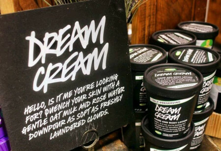 10 Cult Favourites You Can Get From LUSH Now That It's Opened in Pavilion KL - WORLD OF BUZZ 9