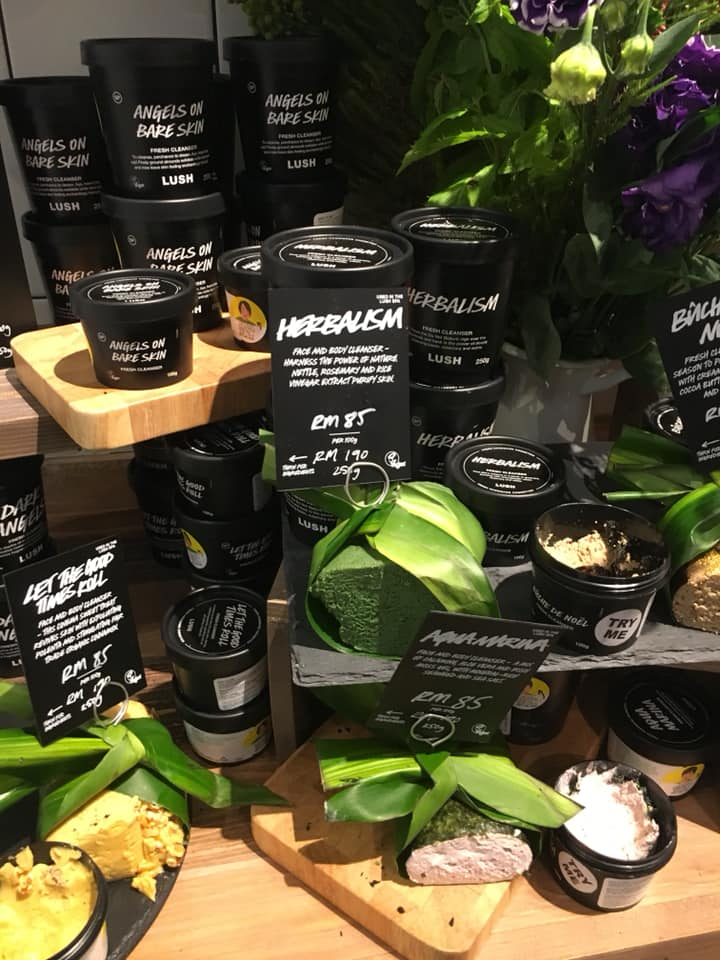 10 Cult Favourites You Can Get From LUSH Now That It's Opened in Pavilion KL - WORLD OF BUZZ 4