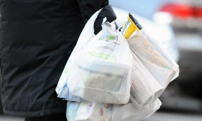 Govt Wants State Council to Charge Supermarkets & Restaurants For Using Plastic Bags, Starting 2019 - WORLD OF BUZZ