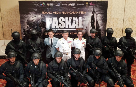 'Paskal' The Movie Becomes The First Malaysian Movie to Receive IMDb Highest Rating - WORLD OF BUZZ 1