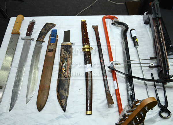 PDRM: You Can Be Jailed for 10 Years If You Carry Hockey Sticks, Batons and Knives for Self-Defence Purposes - WORLD OF BUZZ 2
