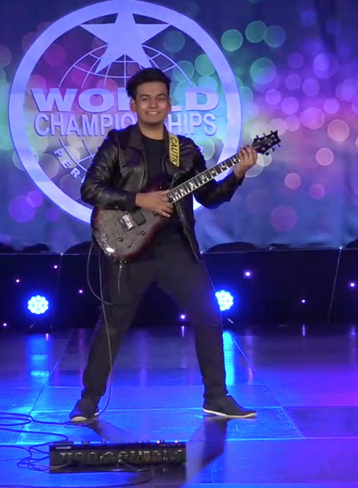 This 16yo M'sian Made It to World Championship By Playing Guitar Blindfolded and with Two Guitars - WORLD OF BUZZ 8