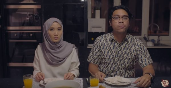 This Local Short Film Shows Malaysians The Reality of Being A Mixed Race Child - WORLD OF BUZZ 3