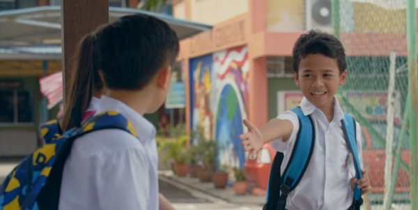 This Local Short Film Shows Malaysians The Reality of Being A Mixed Race Child - WORLD OF BUZZ 5