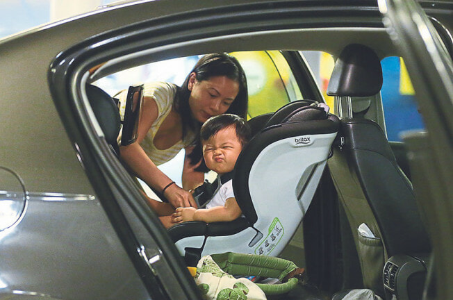 Transport Minister: Starting 2020, All Private Cars MUST Have Child Car Seats Installed - WORLD OF BUZZ 1