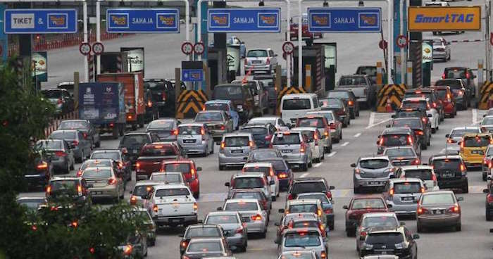 Tun M: It's Impossible to Have Toll-Free Roads, This Manifesto is a Big Burden - WORLD OF BUZZ 2